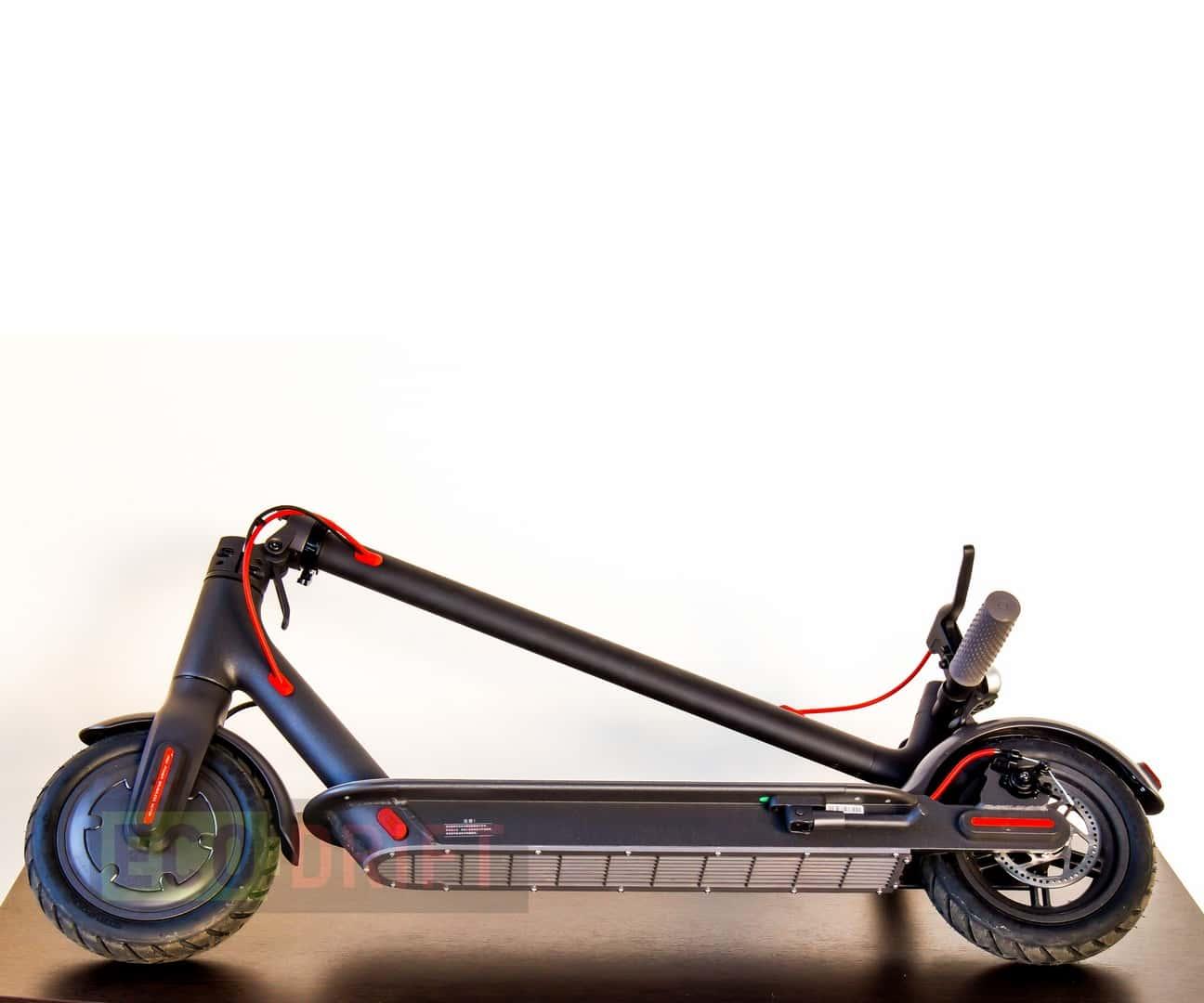 Xiaomi_Mijia_Electric_Scooter-вид_снизу