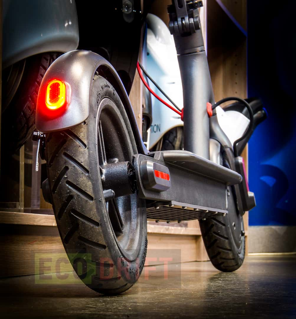 xiaomi_mijia_electric_scooter_fonar