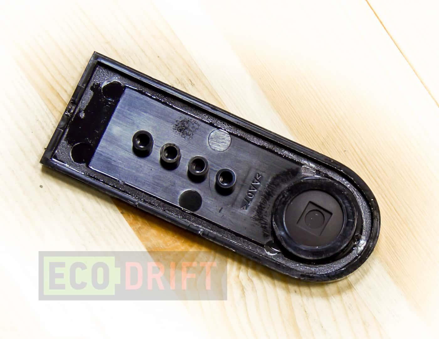 Xiaomi_Mijia_Electric_Scooter_герметичная_резиновая_кнопка