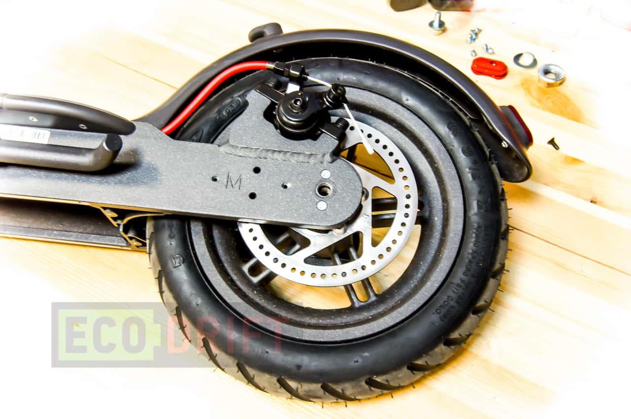 xiaomi_mijia_electric_scooter_zadnee_koleso_bez_vinta