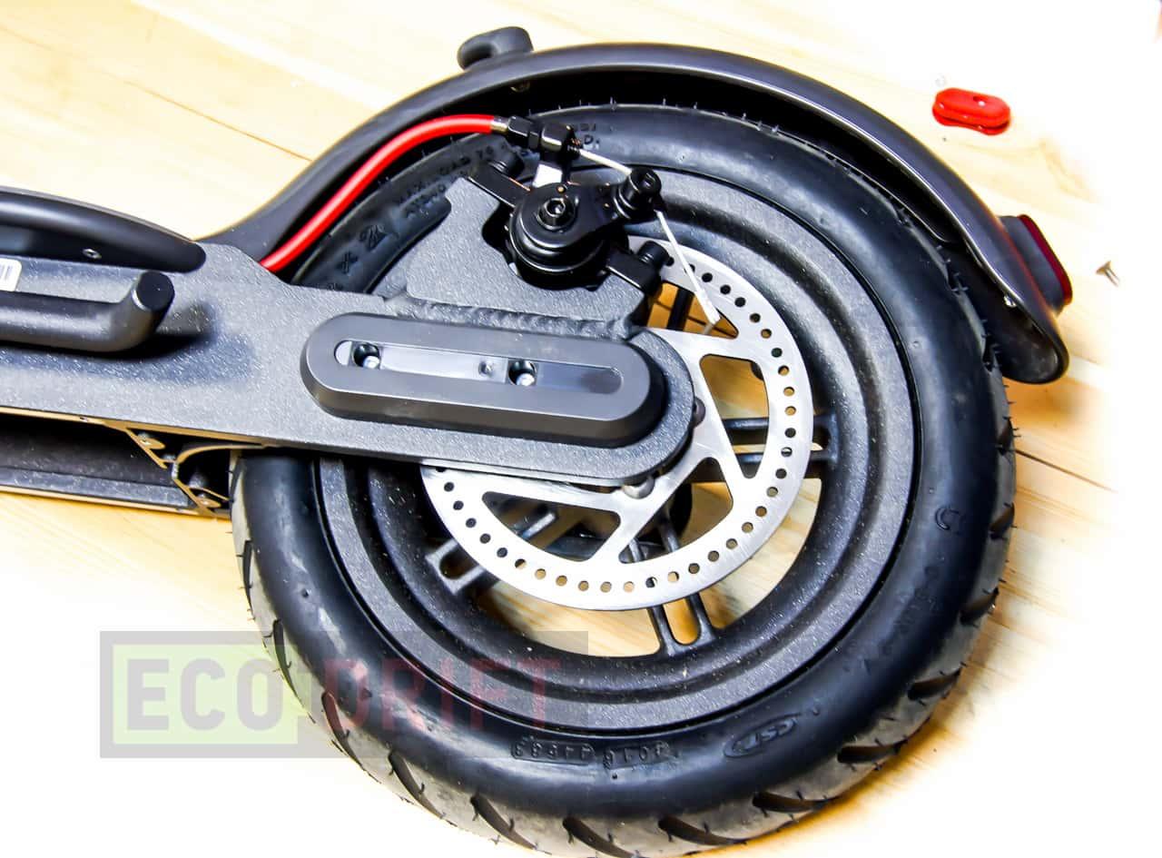 xiaomi_mijia_electric_scooter_zadnyaya_levaya_nakladka