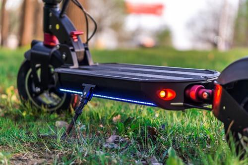 Starway Z10 52В 18Ач - электросамокат в с одним двигателем в среднем весе