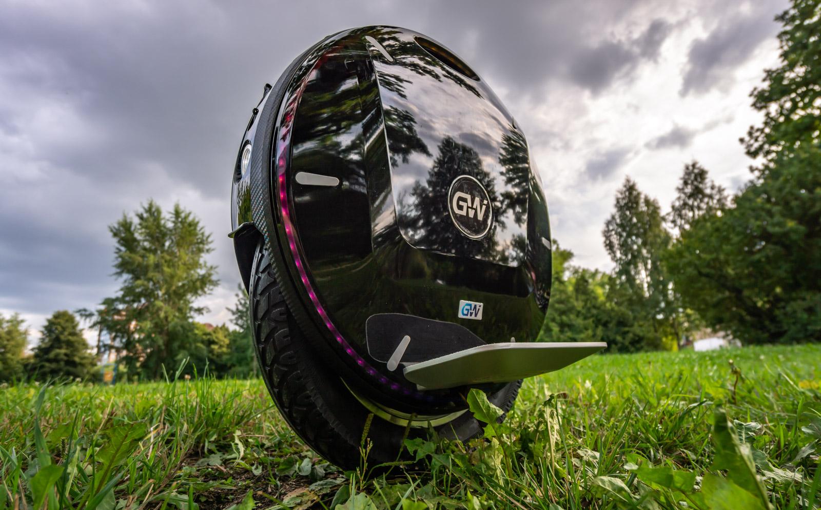 Моноколесо GotWay Nikola Plus 2100Wh 84V Black – купить в Москве
